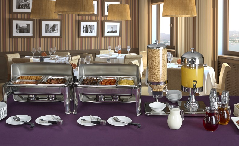 Chafing Dish, Cereal & Juice Dispenser Display