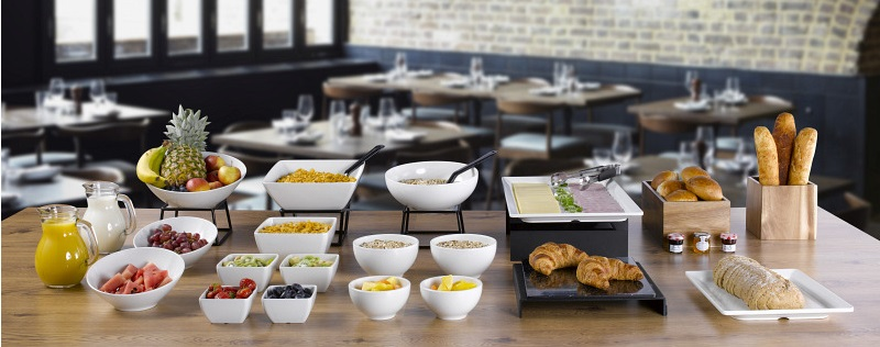 White Melamine Bowls & Platters, Black Rubberised Risers & Wood Risers Breakfast